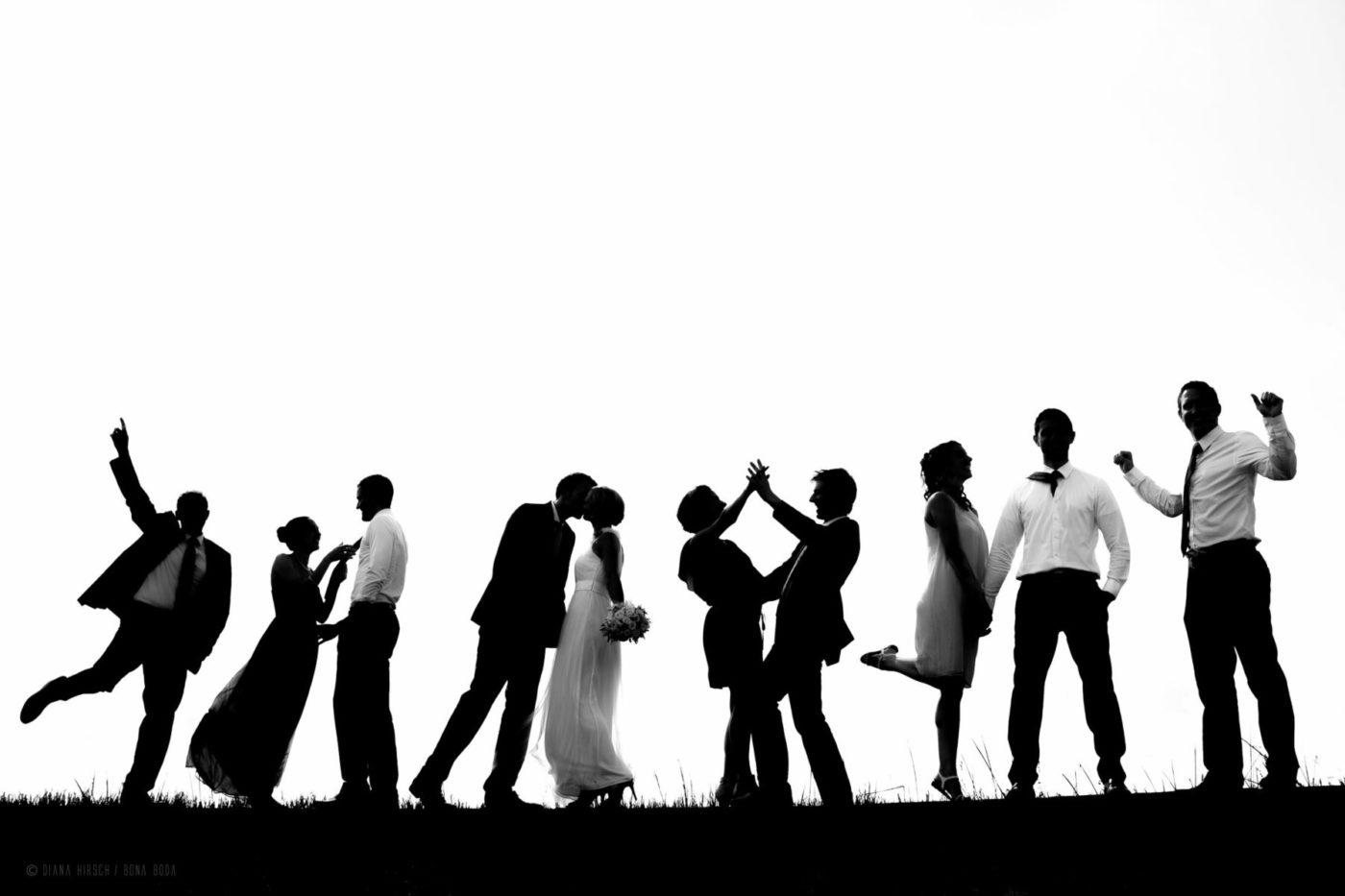 silhouetten-hochzeits-gruppenfoto