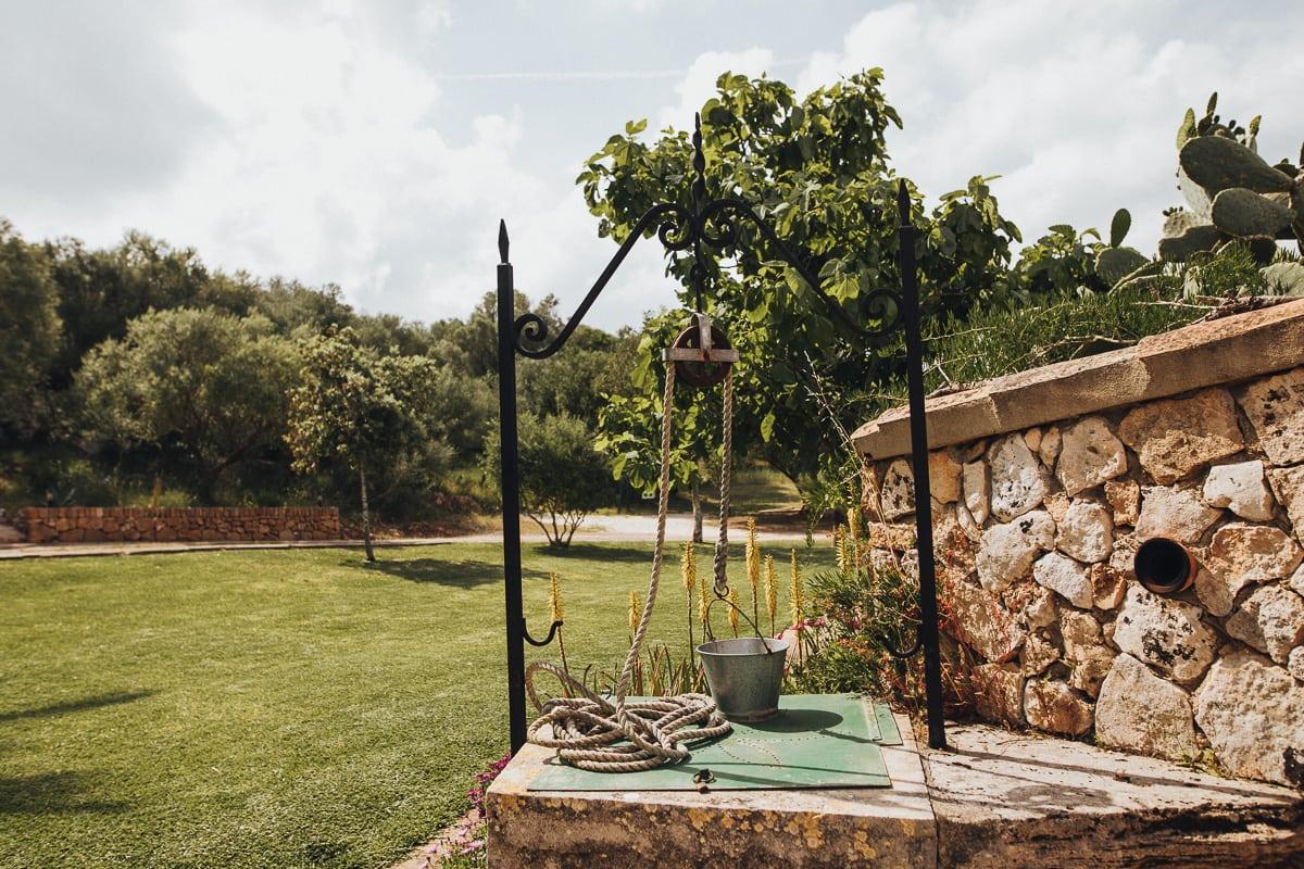 Der Brunnen auf der Finca Can Toni bei Son Servera auf Mallorca.