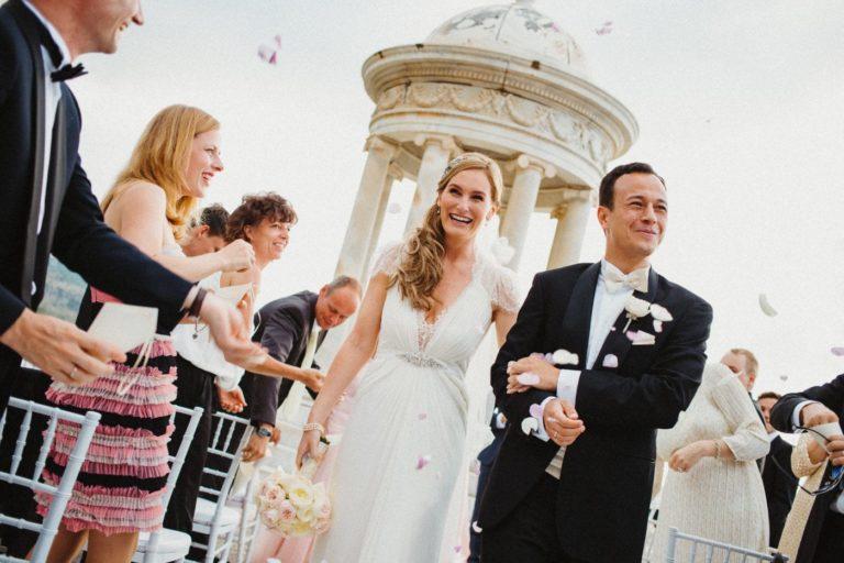 Auszug des Brautpaares in der Hochzeitslocation Son Marroig