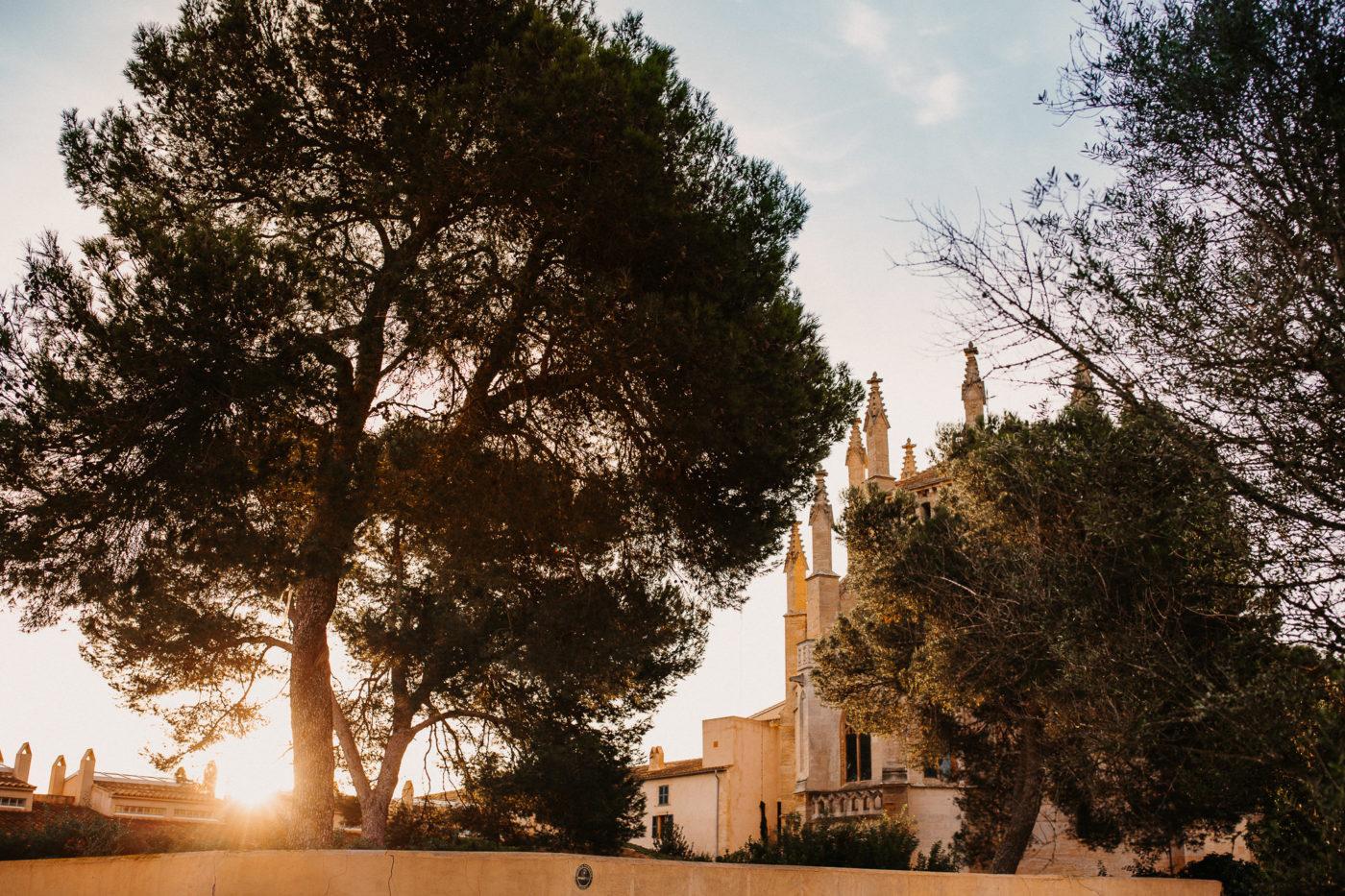Blick auf die Kapelle vom Hotel Sa Torre auf Mallorca